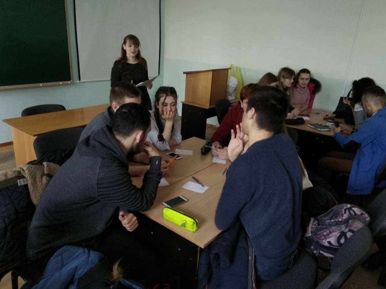 «Бліц-турнір з фінансів» серед учнів ліцею та студентів 3 курсу факультету фінансів, підприємництва та обліку